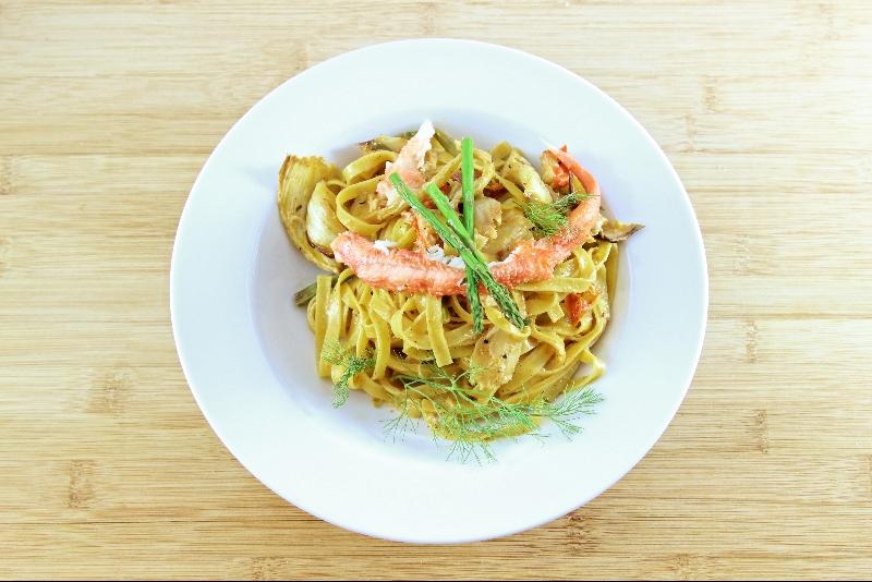 Fettuccine au crabe et asperges