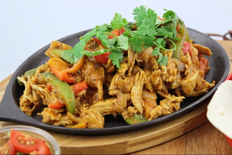 Taco de poulet tinga