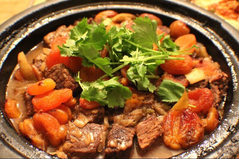 Tajine de bœuf aux abricots